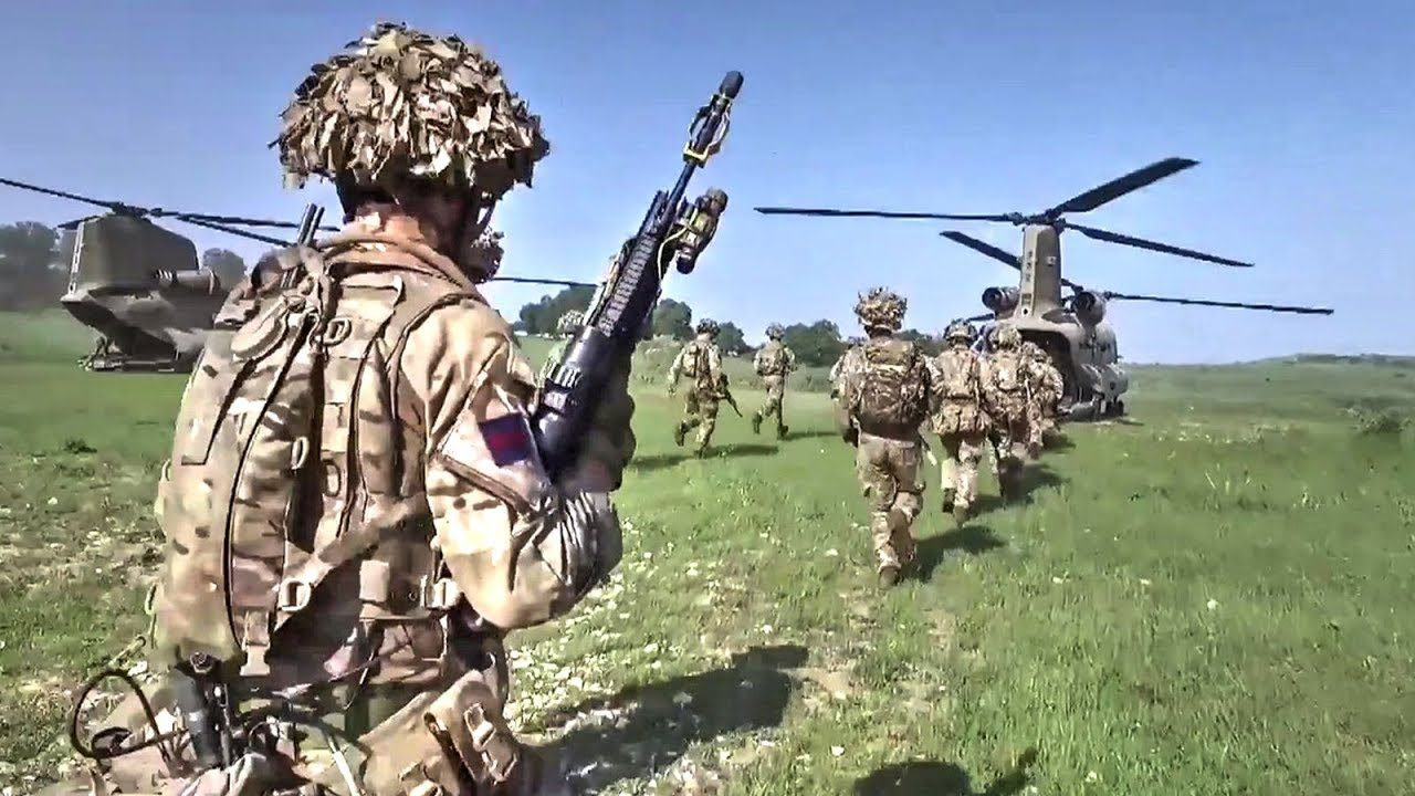 British Army: Grenadier Guards on Exercise