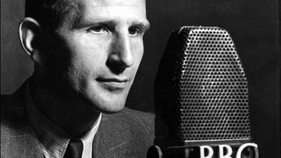 Alvar Lidell as a BBC News reader during the Second World War
