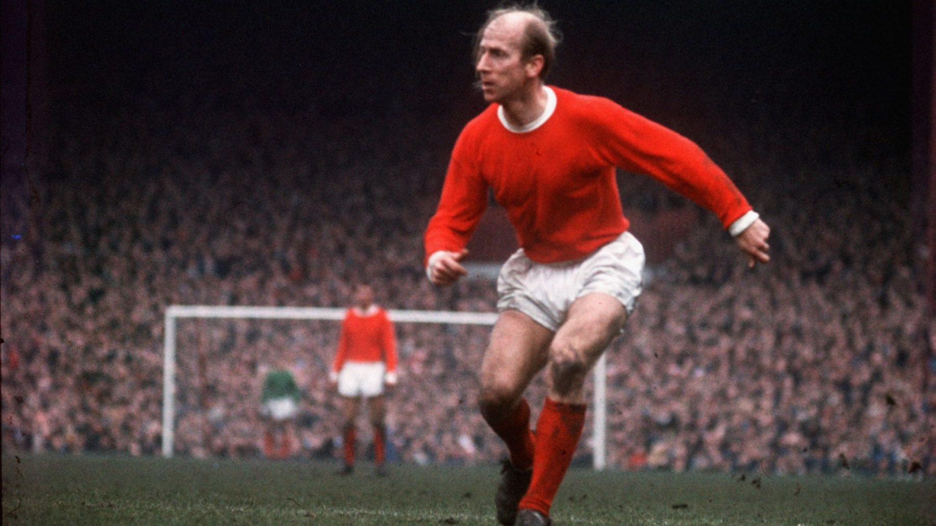 Bobby_Charlton,_all-time-great_English_footballer
