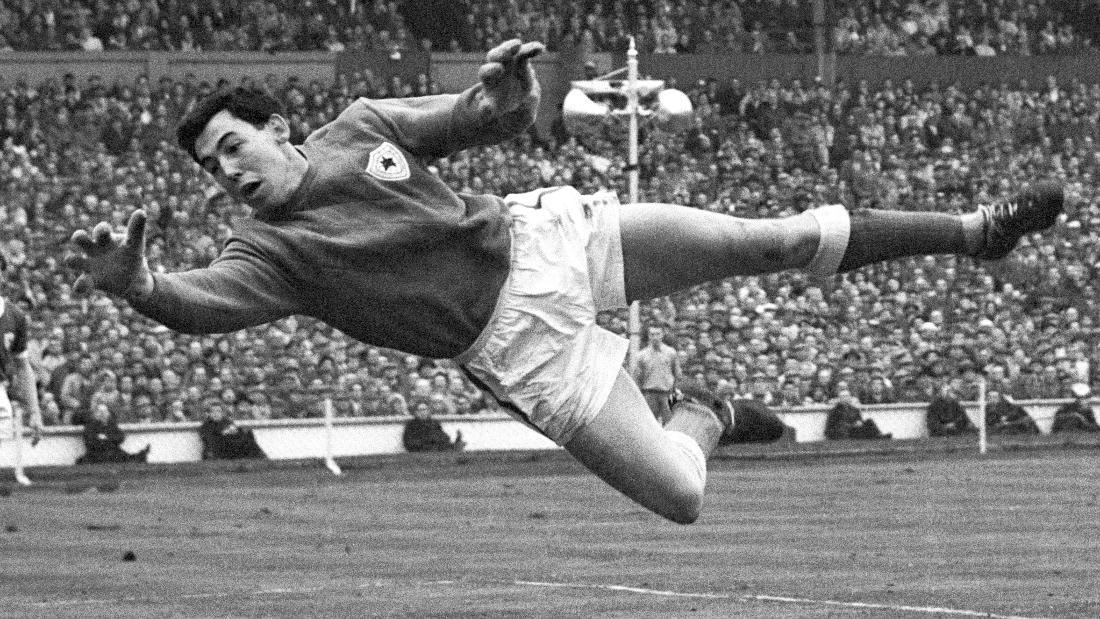 Gordon_Banks,_England's_World_Cup_winning_Goalkeeper
