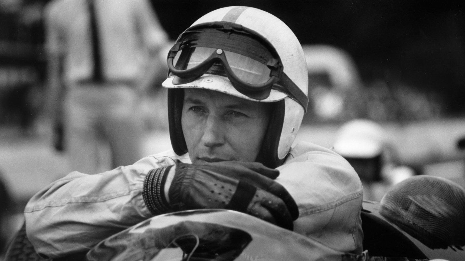 John_Surtees,_only_man_to_be_World_Champion_on_two_and_four_wheels